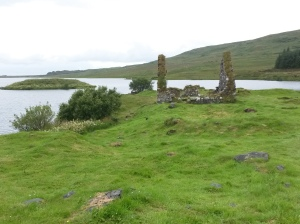 annedegruchy.co.uk image: Loch Finlaggan