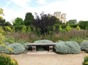 annedegruchy.co.uk image: Bench in Hardwick Hall Herb Garden