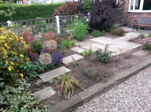 annedegruchy.co.uk image:  Front Garden after work